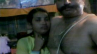 Sex video of hot marathi housewife and ex-army