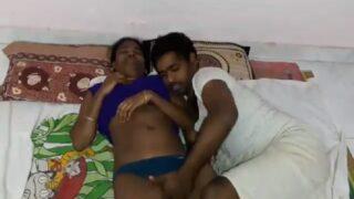 Tamil akka sexy pussy fingering video
