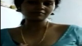 Chennai sexy housewife nude video call