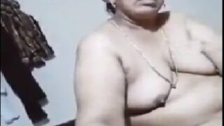 Mature desi mallu aunty blowjob porn